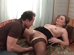 Sexy milf in a bowels of stockings licked lustily